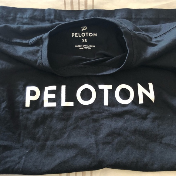 NEW- Peloton black Century Shirt-XS